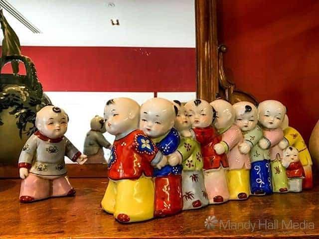 Odd little Chinese figurines