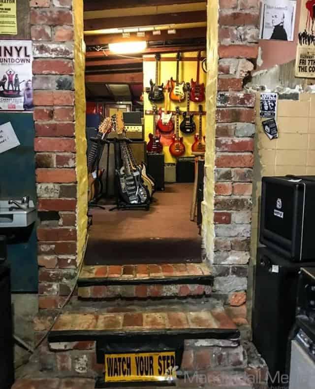 Guitar Swap Shop in Fitzroy