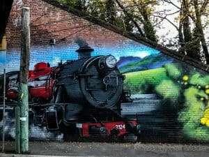 Train mural⠀