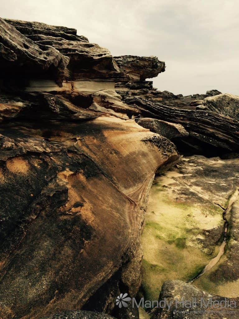 Great colours and rock formations at Maroubra Beach