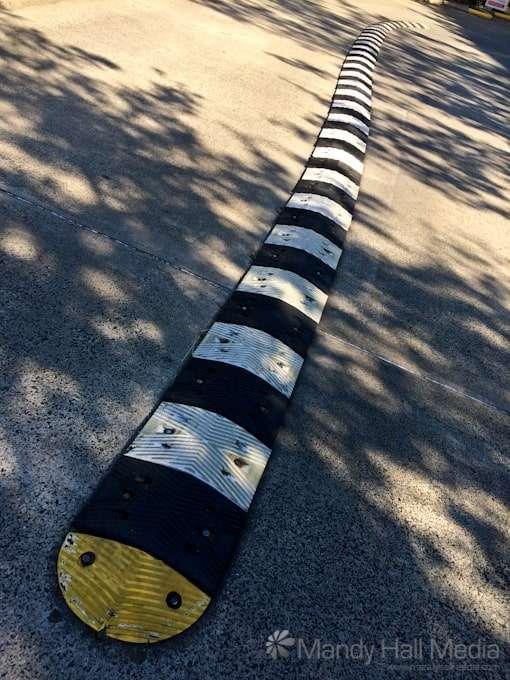 Wormlike strip in a parking lot