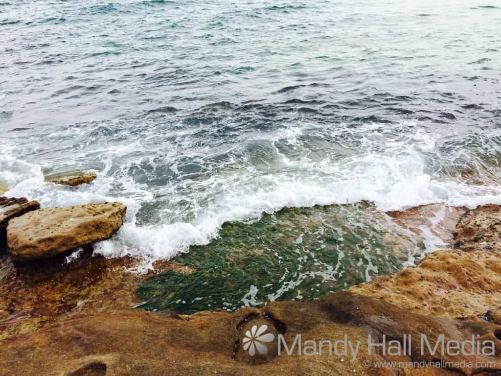 Waves on the rocks at Maroubra Beach