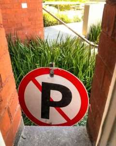 No parking in the garden