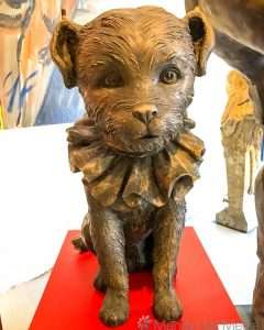 Enormous dog sculpture