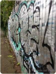 Wall of grafitti