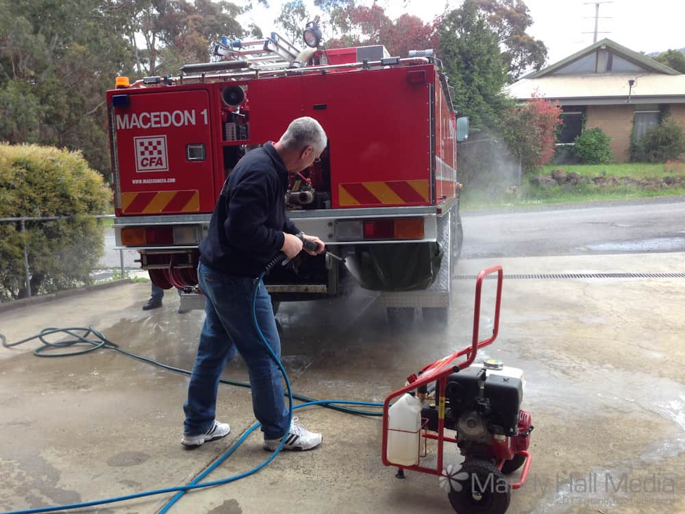 How to clean a fire truck