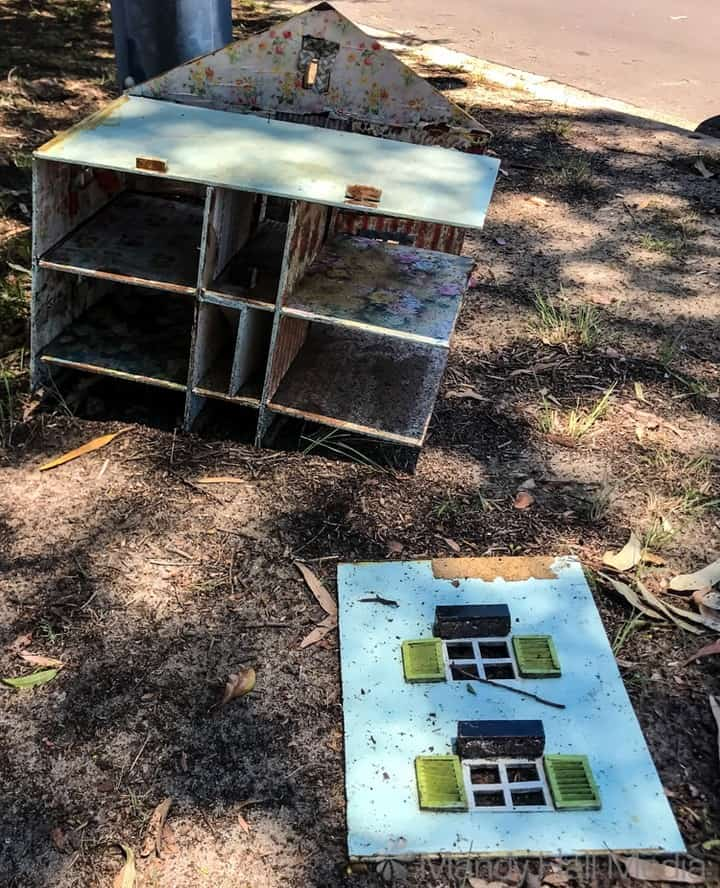 Abondoned doll house
