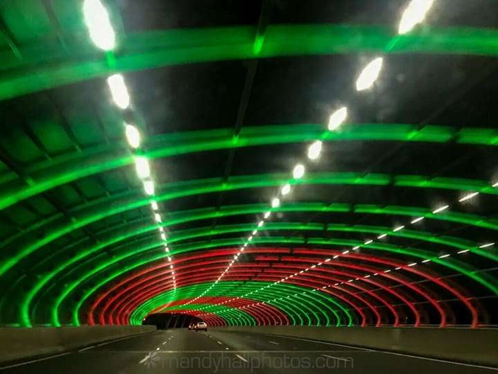 Green and red lights in Citylink