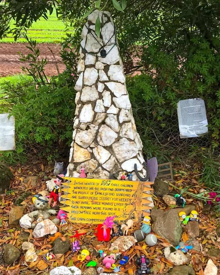 Memorial near Daylesford in Victoria for 3 children that were lost in the 1800s